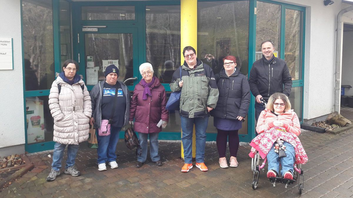 Kiosk-Team besucht Asbacher Hütte